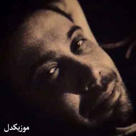 دانلود آهنگ اشک امانم برید بغض گلویم درید محسن چاوشی